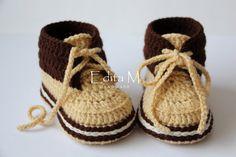 Haak baby slofjes, baby schoenen, laarzen, sneakers, gouden zand, crème, bruin…