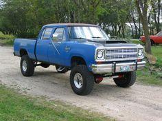 1970 Dodge Truck 4 Door