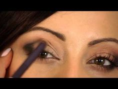 ▶ How To: Blend Your Eyeshadow Like a Pro - YouTube - Makeup Geek