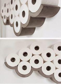 25 utrolig kul idé for de som har et lite bad Bathroom Design Small, Bathroom Art, Bathroom Storage, Bathroom Ideas, Senior Home Care, Toilet Roll Holder, Pottery Making, Diy Canvas Art, Healthy Living Tips