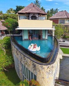 Amazing boat-shaped resort in Ubud, Bali, in Indonesia 😍 Imagine staying here and enjoying this private swimming pool with your best… Beautiful Hotels, Beautiful Places, Cool Pools, Pool Designs, Luxury Travel, Luxury Cars, Luxury Homes, Swimming Pools, Mansions