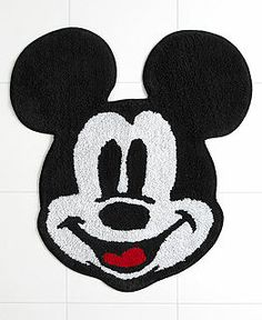 love this Mickey Mouse rug