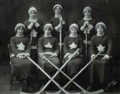 Ingersoll Ladies Hockey Team (1912) - Vintage Sports Pictures