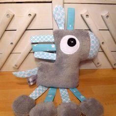 Doudou cheval gris bleu blanc - réservé