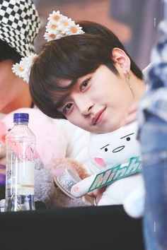 Lee Know (Minho) - Yeouido fansign Lee Min Ho, Lee Minho Stray Kids, Lee Know Stray Kids, Wattpad, Taehyung, Sung Lee, K Idols, Baby Photos, Boy Bands