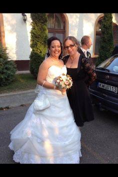 Anita mint gyönyörű Eleonor menyasszony  www.eleonorszalon.hu