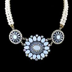 pearl Chain Big Flower Choker Necklace Bijoux for Women