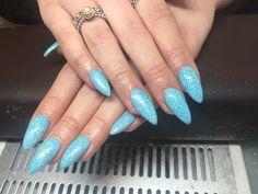 #gelextensions #summernails #lightblue #mermaidglitter #holidaynails