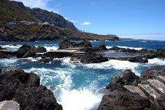 Con este calor quién no se resiste a bañarse en estas piscinas naturales? Uno de nuestros rincones favoritos de #Tenerife. Tú que prefieres #piscina o playa? #unavidaviajera