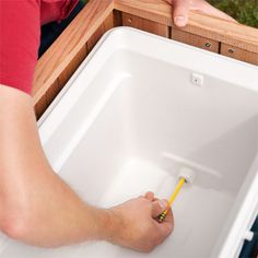Locate the Drain for the Cooler How to Build a Cedar Ice Chest This Old House Deck Cooler, Wood Cooler, Cooler Stand, Outdoor Cooler, Pallet Cooler, Cooler Box, Ice Chest Cooler, Outdoor Lounge, Backyard Projects