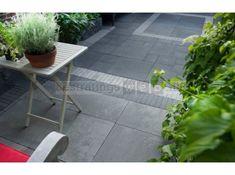 Afbeeldingsresultaat voor terras tegels rand klinkers