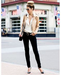 What to wear to work: 15 snore free office outfit ideas #office #work #fashion #ddgd #fashion #style