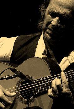 Paco de Lucia - Francisco Sánchez Gómez (Algeciras, Cádiz, España, 21 de diciembre de 1947 - Playa del Carmen, Quintana Roo, México, 25 de febrero de 2014), de nombre artístico Paco de Lucía, fue un compositor y guitarrista español de flamenco - Great Flamenco Guitarist; passed away at the age of 66 - († R.I.P. 25/2/2014 )
