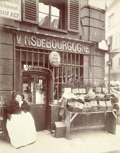 Cabaret au port Salut, street vendor selling shellfish, rue des Fossés-Saint-Jacques 5th arrondissement 1903