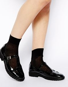 ASOS MOLLY T-Bar Flat Shoes - Black patent