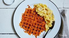 The ultimate breakfast side dish - sweet potato & potato mix hash browns in the waffle iron
