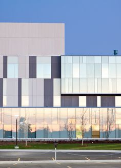Sadlon centre for Health and welness. Barrie, Ontario. Teeple architects. EQUITONE facade panels. equitone.com