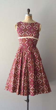 cotton 1950s dress / sleeveless 50s dress / by DearGolden on Etsy, $144.00