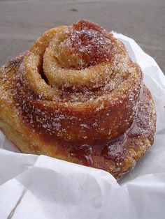 """Morning buns"" like a cinnamon roll, only make w/ croissant dough! Sounds divine! Wonder if I'll get the same effect w/ refrigerator dough, since I don't have the overwhelming urge to make my own dough tonight!"
