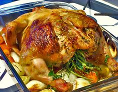 Crispy lemon herb roasted chicken recipe – all 4 women Lemon Herb Roasted Chicken Recipe, Baked Whole Chicken Recipes, Chicken Recipes Video, Roast Chicken Recipes, Healthy Food Quotes, Healthy Recipes, Diet Recipes, Wok, South African Recipes