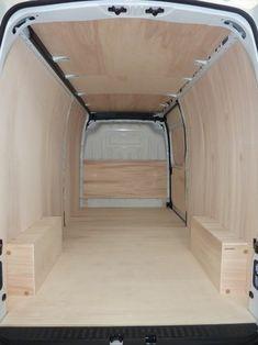 utilitaire aménagé, fourgon, vehicule atelier,aménagement camion,RENAULT new MASTER L3H2. Kits bois à partir de 279€.