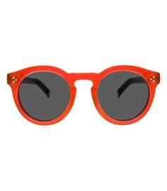 a1557d05ce7f9 Illesteva Leonard II Red   Black Sunglasses Vitrine De Moda, Oculos De Sol,  Armações