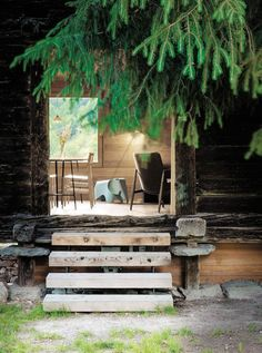 Modern Rustic Architecture - Sarreyer Cabin By Rapin Saiz Architecture Design, Studios Architecture, Cabin Design, Rustic Design, Rue Verte, Log Home Interiors, Design Interiors, Timber Panelling, Diy Rustic Decor
