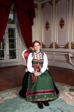 Prinsesse Ingrid Alexandra konfirmert i Slottskapellet Monaco Royal Family, Danish Royal Family, Danish Royals, Swedish Royals, Princess Estelle, Princess Charlotte, 13th Documentary, Ingrid Alexandra, Norwegian Royalty