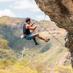Last weekend I had a great time in Serra do Cipó/MG, Brazil. I could watch my friend @felipermf trying his best and facing all his fears in a pretty exposed route called Sinos de Aldebaran (7c FR, 8c BR, 5.12c US). He couldn't send it this time, but I'm sure he's going to do it very soon. Congrats, buddy! It was inspiring!