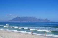 Bloubergstrand, Cape Metropole, Blaauwberg Accommodation - WeekendGetaways offers you an extensive selection within South Africa. Most Beautiful Cities, Beautiful Beaches, Ambassador Hotel, Table Mountain, Beaches In The World, Island Resort, African Safari, France Travel, Beach Fun