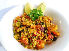Orientalna sałatka z kaszą jaglaną i warzywami