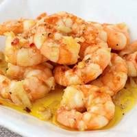 Tapas are a wide variety of appetizers, or snacks, in Spanish cuisine. They may be cold (such as mixed olives and cheese) or hot such as in this recipe for chilli and garlic king prawns. In select … Easy Prawn Recipes, King Prawn Recipes, Tapas Recipes, Wrap Recipes, Quick Recipes, Fish Recipes, Seafood Recipes, Cooking Recipes, Cooked Prawn Recipes