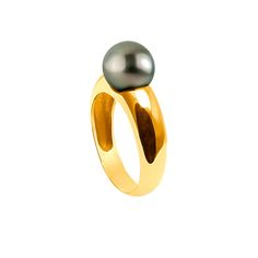 Yellow Gold Ring by Ateliers Saint Germain - Jewels Made In France - Chic Fashion - Real Tahitian Pearls -