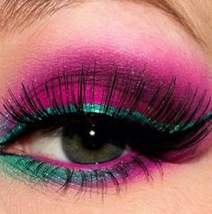 52 trendy makeup tips eyelashes eyeliner 52 trendige Make-up-Tipps Wimpern Eyeliner Teal Eye Makeup, Eye Makeup Art, Makeup For Green Eyes, Eyeshadow Makeup, Makeup Tips, Bright Eyeshadow, Hair Makeup, Green Eyeshadow, Makeup Artistry