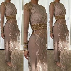 How stunning is this outfit from Punjabi Fashion, Bollywood Fashion, Asian Fashion, Indian Wedding Outfits, Pakistani Outfits, Indian Attire, Indian Wear, Indian Suits, Desi Clothes
