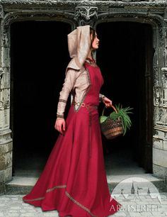 "Inspiration for Southern Ásaterran fashion, MEDIEVAL DRESS TUNIC AND SURCO ""TOWNSWOMAN"""