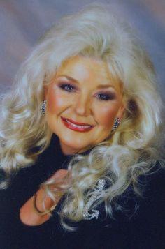 abedf04c47c Celebrating the life of Nancy Lee Hillis - Inspiration for