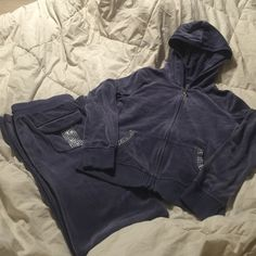 Victoria's Secret lush and plush jogging suit Sz xs in excellent condition velour material color is a bluish purple. Really gorgeous. Flare bottoms Victoria's Secret Other