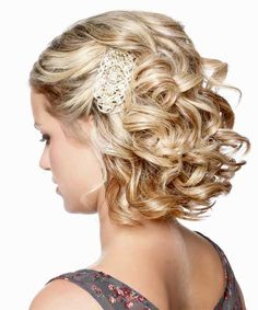 Curly Half Updo Hairstyle for Wedding