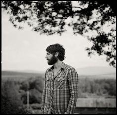ray lamontagne. weapons of war, symptoms of madness. dont let your eyes refuse to see, dont let your ears refuse to hear.