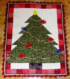 Google Image Result for http://quiltersdiary.com/wp-content/uploads/2012/01/Christmas-Tree-Quilt-Triangle-Thumbnail.jpg