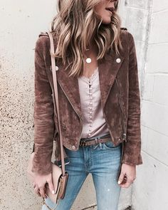 Brown leather jacket with pink cami underneath cold weather outfits, winter Layering Outfits, Winter Outfits For Work, Fall Outfits, Casual Outfits, Cute Outfits, Fashion Outfits, Boho Outfits, Fasion, Women's Fashion