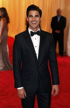 Daren Criss from Glee! Love him <3 |Pinned from PinTo for iPad|