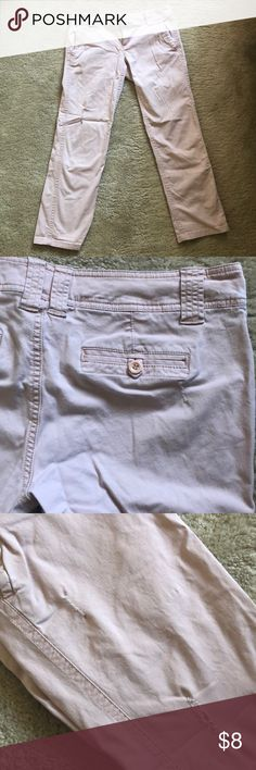 New York & Company Pale Pink Cropped Pants Pale pink cropped New York and Company Pants. Great, light material perfect for summer. Some distressing details on pant legs. Size 6 New York & Company Pants Capris