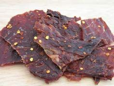 Ingredients: 1 pound of lean beef (or any meat type) 1 garlic clove - crushed teaspoon of cayenne pepper teaspoon of pepper 1 teaspoon of Deer Jerky Recipe, Jerky Recipes, Venison Recipes, Snack Recipes, Cooking Recipes, Jerky Marinade, Pork Jerky, Beef Jerkey, Homemade Beef Jerky