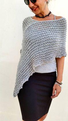 Poncho gris de lana chal gris lana poncho de punto por EstherTg