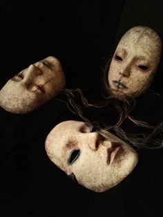 仮面 Arume Emura Horror Masks, Masks Art, Creepy Horror, Plastic Art, Creepy Dolls, Mask Design, Masquerade, Mask Making, Gothic Art