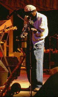 Miles Davis                                                                                                                                                     Más