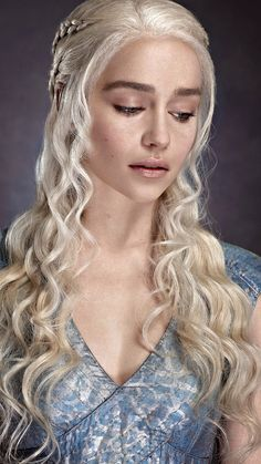 emilia clarke Daenerys Targaryen Wallpaper For Android Is Wallpaper > Yodobi Deanerys Targaryen, Danaerys Targaryen Hair, Daenerys Targaryen Makeup, Game Of Trone, Emilia Clarke Hot, Game Of Thrones Instagram, Mobile Wallpaper Android, Game Of Throne Daenerys, Rides Front