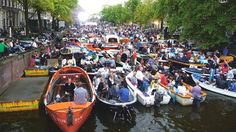 One of the annual highlights in the centre of Amsterdam is the free Prinsengracht Concert, a spectacular classical extravaganza. The music is performed on a pontoon on the canal, while the audience listens from boats or the canalside. The event takes place in August outside the Hotel Pulitzer. Photo: Edwin van Eis #iamsterdam #amsterdam #netherlands